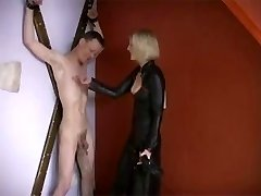 Young French Domina