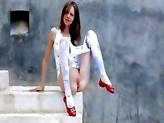 Luxury peening of super rawboned girl