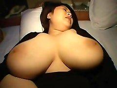BUSTY BBWアジアNUBIAN