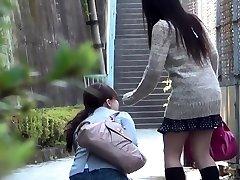 Japan babe urinates herself