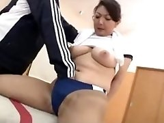 Magnificent asian in the Gym