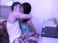 Thailändische porno : ros rak klingelte sa Kriege