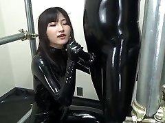 Asiatique pipe en caoutchouc plein