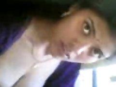 belle adolescent fille indienne nue