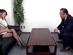 Secretary Lures Her Manager