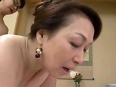 SEELE-38 - Yuri Takahata - Principal Ältere Frau, die Jungfrau