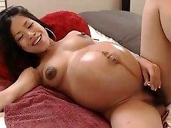 1fuckdatecom Hot lil' pregnant asian