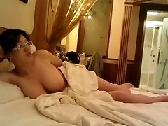 Yam-sized Tits Hidden Cam Chinese