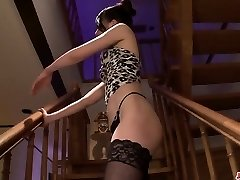 kei akanishi graves adulto porno en escandalosas escenas