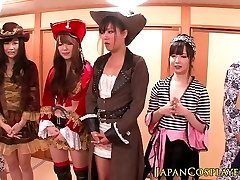 Japanese cosplay stunners spray in orgy