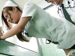 흥분이 일본 여자 잉어 의에서 멋진 간호사 JAV 현장