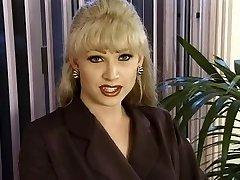 T-Girl Dominatrix-Cockslut Brandy Scott