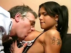 Shemale And Dad, Bulky T Girl - Scene 01