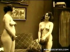 vintage 1920 real sex in grup cu batrani adolescenti (1920 retro)