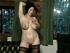 Big-titted FC babe plays 01