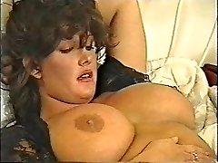 SFTF retro vintage classic 90's dark haired dol1