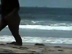 naken par på stranden