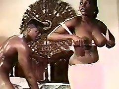 Classic Ebony Ayes