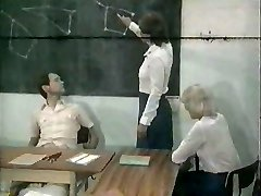 MF 1651 - Školské Orgie