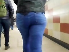 Hot good-sized donk in the early morning