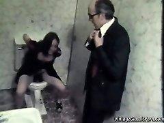 Boinking on the bathroom floor