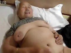 neuveriteľné amatérsky záznam s babičky, čínsky scény