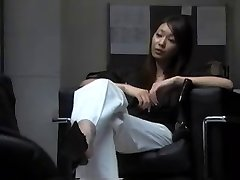 Японцы Поклоняются Обуви