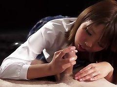 Handjob Japonsko: Rion Karina