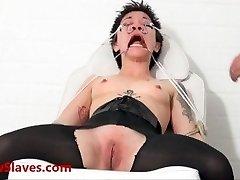 Bizarné ázijské lekárske bdsm a orientálne Mei Maras extrémne lekár fetish