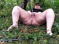 Hairy Plumper pissing part 1