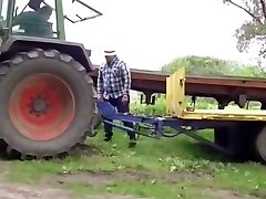 Gay-for-pay bear farmer hoes