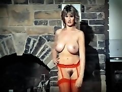 ADDICTED TO LOVE - vintage 80's gigantic tits striptease dance