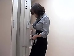Wild asian slut fucked by massagist in sexy voyeur flick