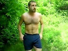 Paja en el bosque