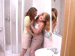 lesbian pussy lick finger makeout hand