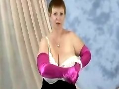Saggy - Gran Wanda