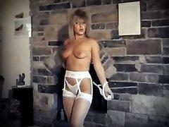 DA YA THINK I'M SEXY? - antique striptease dance spectacle
