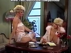 Cock worshipped by retro big-boobed girl