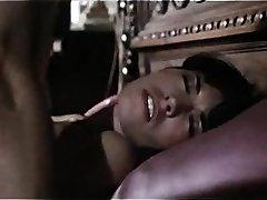 L'Λειτουργία ή να Πεθάνουν Nymphomanin Catrice (1981)
