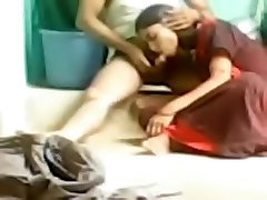 Indian amateur sex video of a naughty couple on the floor