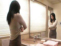 Emiko Koike - Erootiline Jaapani MILF