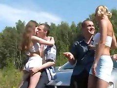 hidromasaj în aer liber rusă sex in patru sex pe masina