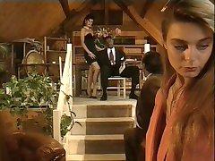 Zara Whites in un classico film italiano