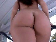 Nice Walking Ass 3