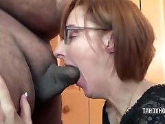 Insane housewife Layla Redd is blowing a dude she just faced