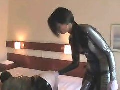 Hard Bam Strapon&Fisting in rubber