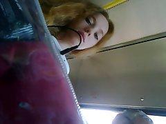 pod-stolom-u-telok-kamera