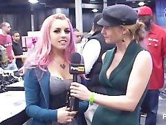 PornhubTV Lexi Belle Interview op de eXXXotica 2012