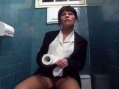 în wc (curvă's cunt) - lc06