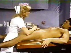 Nina Hartley pielęgniarka